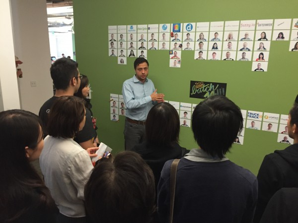 Participants work with Zafer Younis, a Venture Partner at 500 Startups.