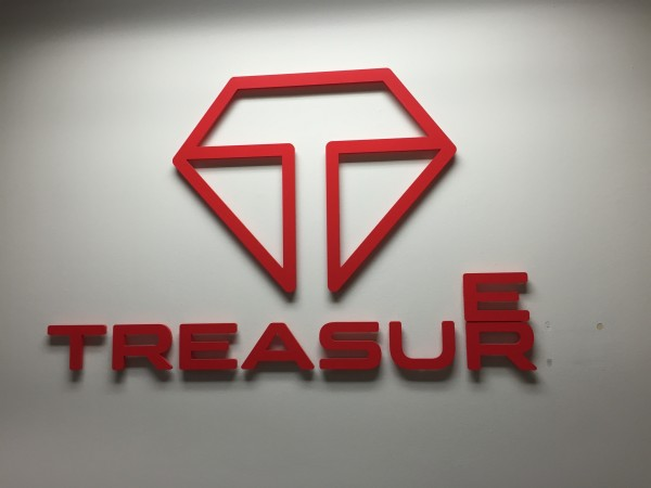 Mr. Sometani and the participants from Japan visited Treasure Data, a company that specializes in data management.